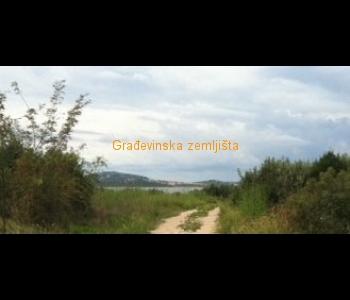 Građevinsko zemljište: Pirovac, 7500 m2